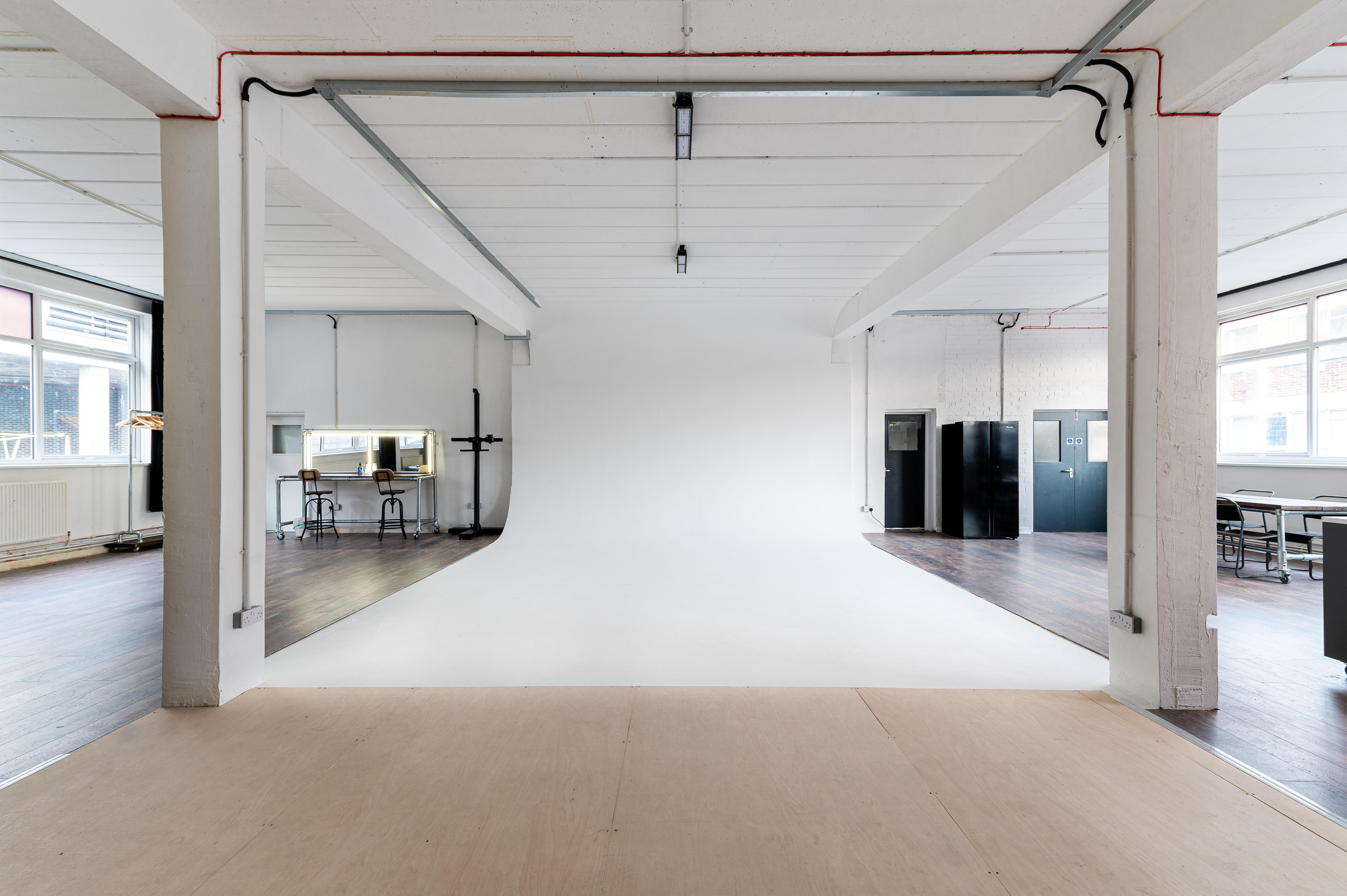 Infinity Cove Studio Hire